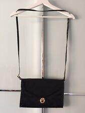 Handtasche Clutch, H&M, schwarz gold Lack, 28x18x3