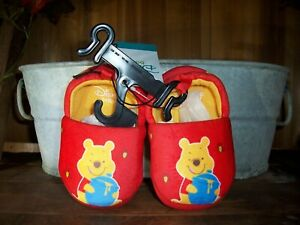 DISNEY WINNIE THE POOH TODDLER BABY SHOES SIZE 5 COLOR RED CLOTH BOTTOM SOFT NEW