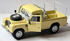 Land Rover Série III 109 avec Roof étagère 1971-84 beige 1:43