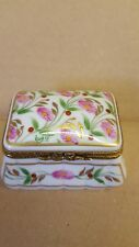 VINTAGE Limoge porcellana dipinti a mano Rettangolare Ciondolo Box