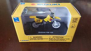 NIB New-Ray Suzuki RM125 dirtbike motocross motorcycle 1:32 diecast model toy