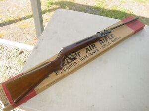 Vintage Daisy Model 220 Air Pellet Rifle w/ Box .177 Cal.
