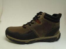 Stivali, anfibi e scarponcini da uomo Clarks marrone
