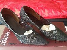 Vintage Ladies Lace Shoes Size 6