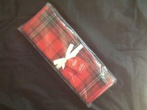 "WILLIAMS SONOMA TARTAN PLAID TABLE RUNNER  RED 16"" x 108"" NEW"