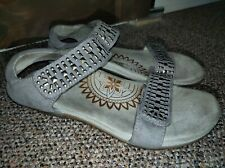 Aetrex Maria Women's Gray Suede Studded Sandal size 38/7.5-8 US