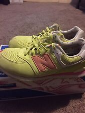 Girls Gs New Balance Electric Yellow, Melon And White Low Running Shoes Size 5.5