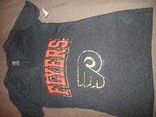 NWOT Ladies Philadelphia Flyers T-Shirt - NHL - size Small (B71)