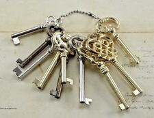 Vintage Style Assorted Open Barrel Keys With  Keychain Reproduction( 10 pcs)-New