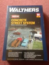 HO Scale Walthers Cornerstone 933-3138 Concrete Street System Complete Set