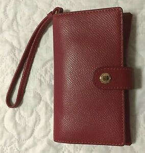 AUTHENTIC COACH PHONE CLUTCH IN CROSSGRAIN LEATHER - TRUE RED