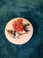 """GOURMET VILLAGE""  Wine Country Porcelain Brie Baker Cheese Dish with Lid"
