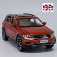 Tiguan L 1:32 Alloy Pull Back Model Car Muaical Flashing Diecast Metal Kids Toys