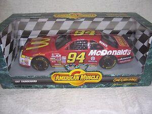 1/18 #94 BILL ELLIOTT'S 1997 MCDONALDS THUNDERBIRD NASCAR ERTL DIECAST CAR-MIB