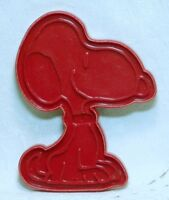 United Feature Vintage Plastic Cookie Cutter - Snoopy Peanuts Beagle Dog Charlie