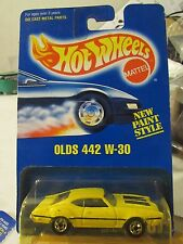 Hot Wheels Olds 442 W-30 #267 from 1991!! Yellow All Blue Card (bent wheel)