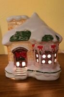 "Vintage Ceramic Light Up Christmas House Snow Bows Switch Control 6"" x 6"""