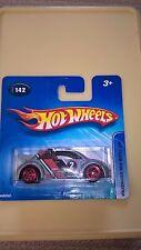 Hot Wheels Volkswagen Nuevo Escarabajo VW Bug Taza número 142 de fecha 2004 menta en tarjeta