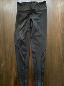 2xu MOTION MID-RISE 7/8 COMPRESSION TIGHTSBlack/Dotted Black Logo Womens S