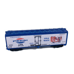 HO Custom Lettered Reefer Car - Pepsi  Cola Wars