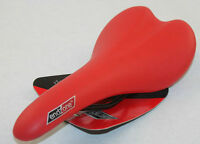 NEW EndZone CRIMSON RED BIKE SEAT Racing Fixie Road Saddle Bicycle