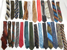 Lot of 25 Vintage Skinny Tie Ties - most/all under 3 inches wide   (lot 2)