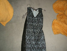 BABES Stuning Romantic 100% POLY LACDress, size small  10-12 stretch