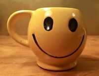 Vintage McCoy Pottery Smiley Happy Face Coffee Cup Mug Yellow 1970s USA