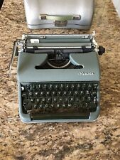 Vtg. Olympia De Luxe Manual Typewriter Green w/Case x/spools works mint!