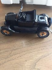 1925 FORD MODEL T RUNABOUT ROADSTER BLACK DANBURY MINT 1:24 DIECAST AND BOX