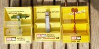Brawa 5761 H0 Konvolut 3 Stück,Lampe Fahrtrichtungsanzeiger+Reklamesäule mit Uhr