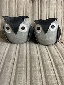 Dora Designs - Two Owl Bookends / Paper Weights GUC - Ollie The Wise Owl