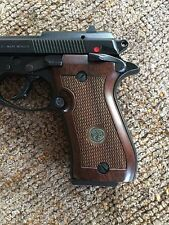 Beretta Factory Replacement Walnut Grips - Beretta 85F Cheetah 87 85BB 82