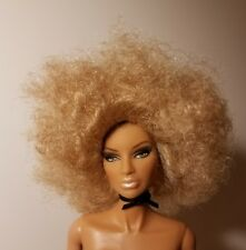 *LUXURY WIG PACK* Disco Style in Wheat Fashion Royalty Wig+Stand only MINT 2006.