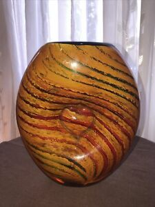 Collectible Dale Tiffany  Hand Blown Art Glass Vase , Stunning!!!!!