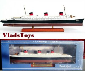 Atlas luxurious Ocean liners 1:1250 French SS Normandie 1932 7572-006