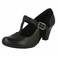 Clarks Block Heel 100% Leather Casual Heels for Women