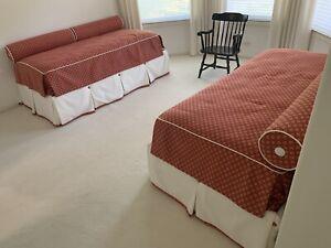 J Robert Scott Sally Sirkin Lewis Day Bed Set Pair Fabric Mattress Twin Guest