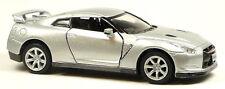 2009 Nissan GT-R R35 silber ca. 1:36 / 12,5 cm Modellauto Neuware von KINSMART