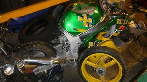 Suzuki GSXR 600 K3 Engine Bolt Breaking Complete Bike