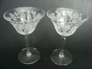 2 crystal goblet with etched parrot pattern Tiffin?