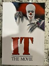 NECA 93n030818 Ultimate Pennywise 1990 It Action Figure 7 Scale for Ages 17