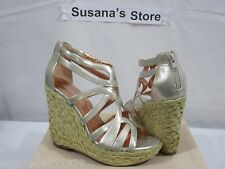 Bcbgeneration  Makala Wedge Sandal SIZE 8.5 Relaxed, breezy look!!