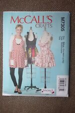McCall's Sewing Pattern Misses Aprons One Size
