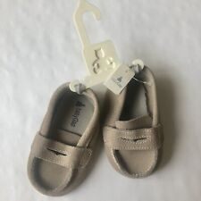 Baby Gap Suede Loafers Size 8-12 Months Beige Khaki New Boys Girls Shoes