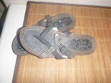 TEVA   Womens Sandal Size 7.5   Crisman FLip Flop S/N 6196  BLACK  stripe