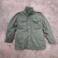 US ARMY - Vietnam Era 1972 M65 Mens Cold Weather Green Winter Coat, SMALL REG.