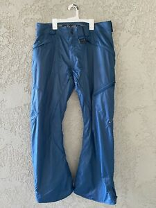 Oakley Women's Snowboard Ski Pants Thinsulate Insolation Regular Fit Size L EUC