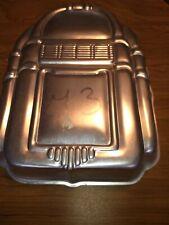 1983 Wilton Rockin' Juke Box Metal Cake Pan #502-1387 Baking Korea Party