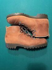 mens hiking boots 9.5 Narrow